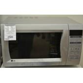 Микроволновая печь LG MC-7646ES